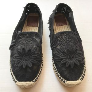 Tory Burch | floral black espadrille flats lace 8